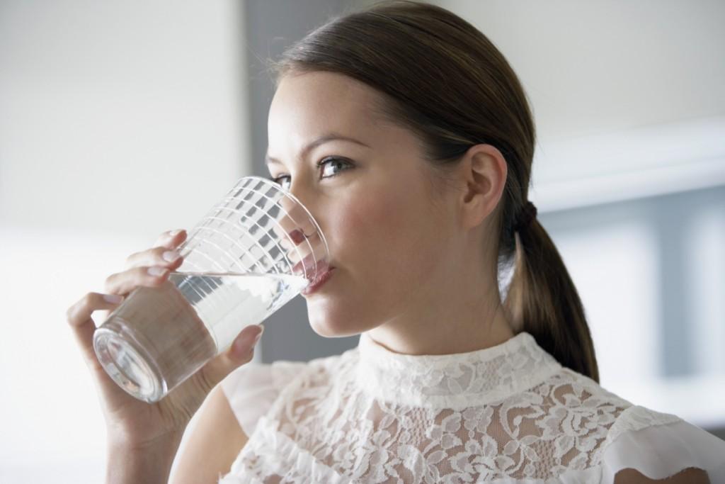 Wie-versorgen-Sie-den-Korper-mit-Wasser